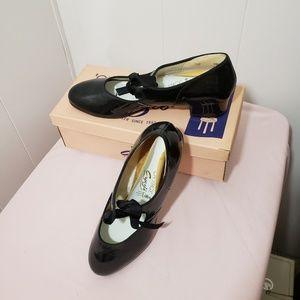 Capezio On Stage Dance Shoes 9N Black Patent